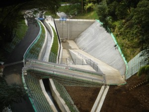 トツラ沢調整池築造工事