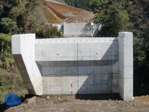 愛鷹2期地区橋梁下部工事